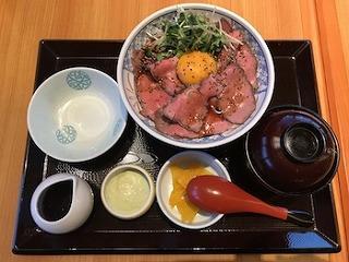飛騨牛ローストビーフ丼