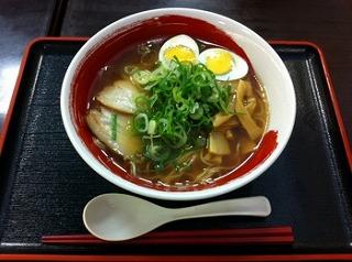 名古屋コーチンゆで卵入り醤油ラーメン